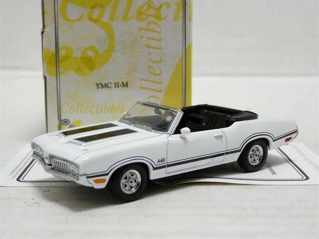 Matchbox YMC11M 1 43 1970 Oldsmobile 4-4-2 Congreenible Diecast Model Car