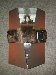 Star-Wars-Chewbacca-x-Barbie-Doll-Mattel-platinum-label-GMM96-muneca-limited-LE
