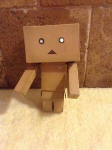 Yotsuba-Danbo-Danboard-Box-Robot-Figure-Doll-Japan-Japanese-Anime-Nano-5-034-Works