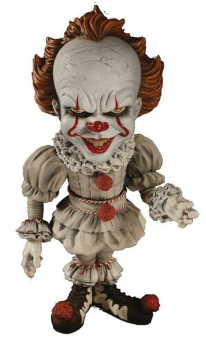 2017 IT Movie Designer Series Pennywise 6 inch Deluxe Figure