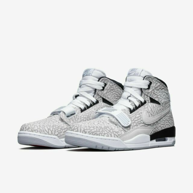 1d7fabf26076a Nike Sweet Legacy White Black 429873 100 Size 9.5 for sale online   eBay
