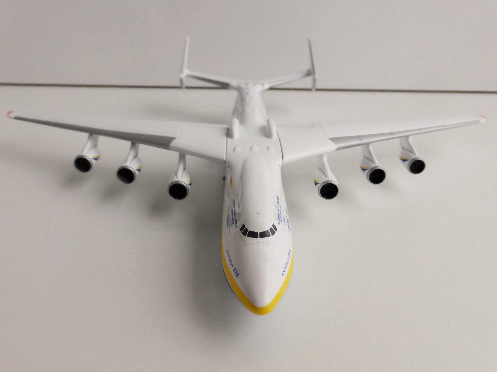 Antonov Airline An-225 Mriya 1 400 Herpa 562287 Antonov Ан -225 Мрія Antonow
