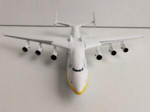 ANTONOV-Airlines-AN-225-Mriya-1-400-Herpa-562287-225-Antonow