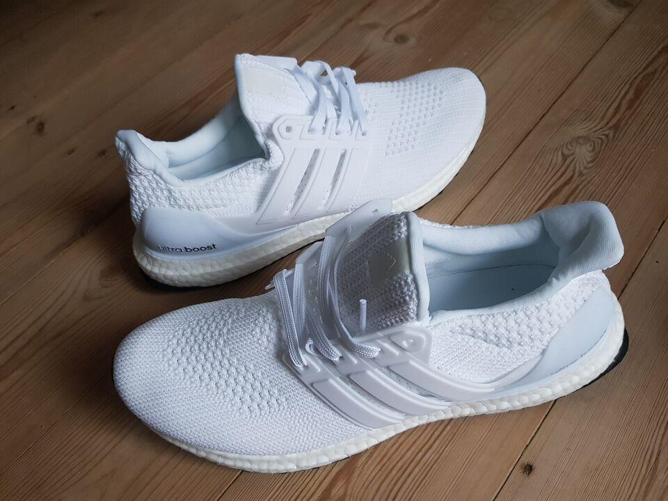 Sneakers, Adidas, str. 45