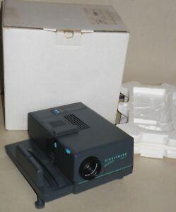 Diaprojektor-Kindermann-diafocus-1500E-Kindermann-Color-2-8-90-MC-Germany