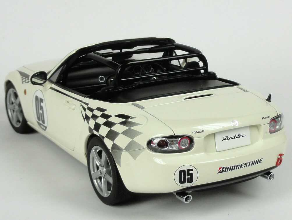 MAZDA ROADSTER MX5 2006 NC NR-A  05 JAPAN JAPAN JAPAN VERSION MARBLE blanc AUTOART 80644 75ac43