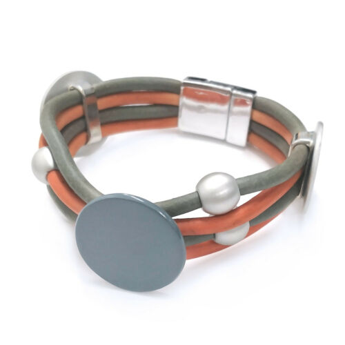 Lagenlook Grey /& Tan Chunky Rubber Bracelet from Timeless Season