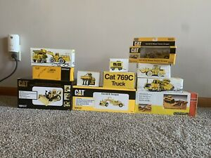 Classic-CAT-Tractor-Models-Lot-1-50-Scale