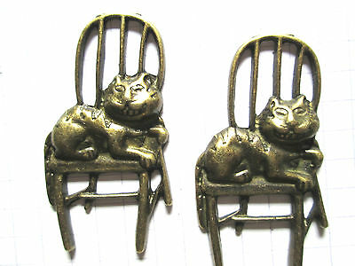 2 or 4 Bronze tone metal charms Cat on Chair Alice in Wonderland embellishment