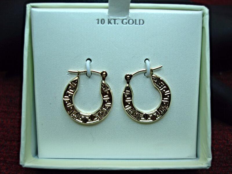 10 YELLOW gold GREEK KEY DESIGN EARRINGS - NEW IN BOX