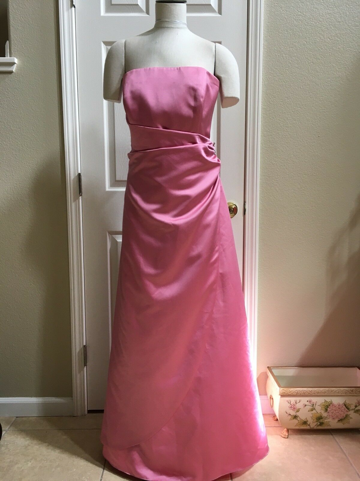 David Bridal Womens Pink Prom Or Bridesmaids Formal Gown With Side Jewelry A056