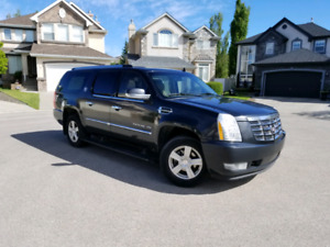2011 Cadillac Escalade ESV SUV AWD Loaded *2 rim sets & starter*