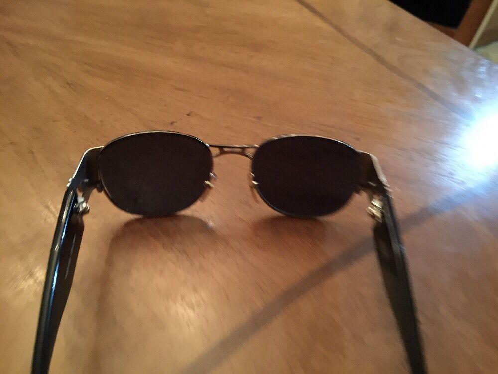 Gianni Versace Vintage Sunglasses MOD. S67 - image 6