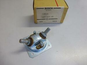 NEU – Original Bosch Abdeckung Deckel für Relais 1 330 520 113 Mercedes NOS