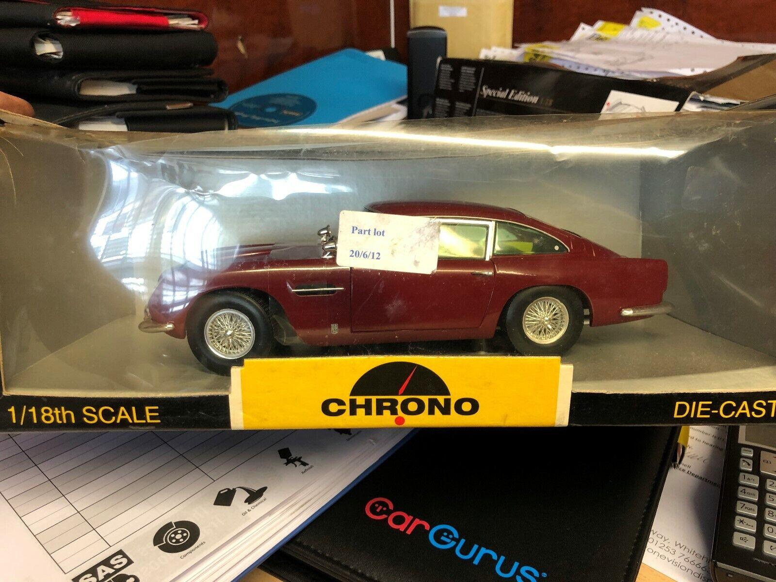 1 18 Aston Martin DB5 Rojo Borgoña Peonía