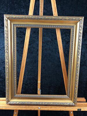 16 x 20 Classic Laurel Leaf Golden Frame