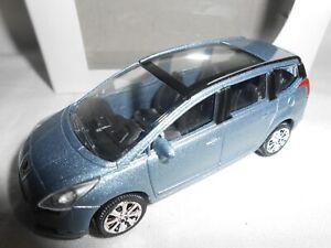 Norev 3 inches Peugeot 807 Neuf en boite.