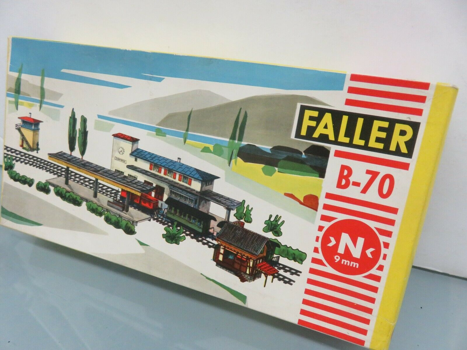 Vintage N Scale Faller B-70 80 Churches Building Kit W Germany