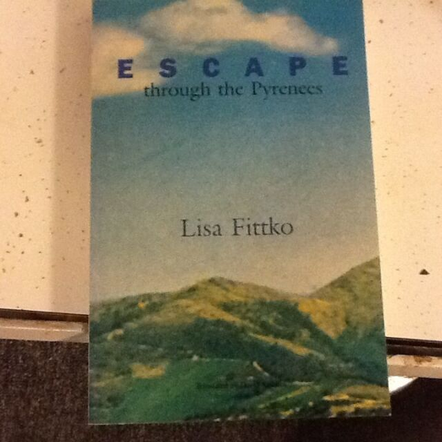 Escape Through the Pyrenees by Lisa Fittko (1991, Paperback)