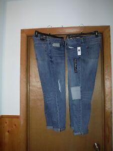 Gap-Sexy-Boyfriend-Jean-Pants-size-12-10-Light-Indigo-Blue-4-pockets-NWT