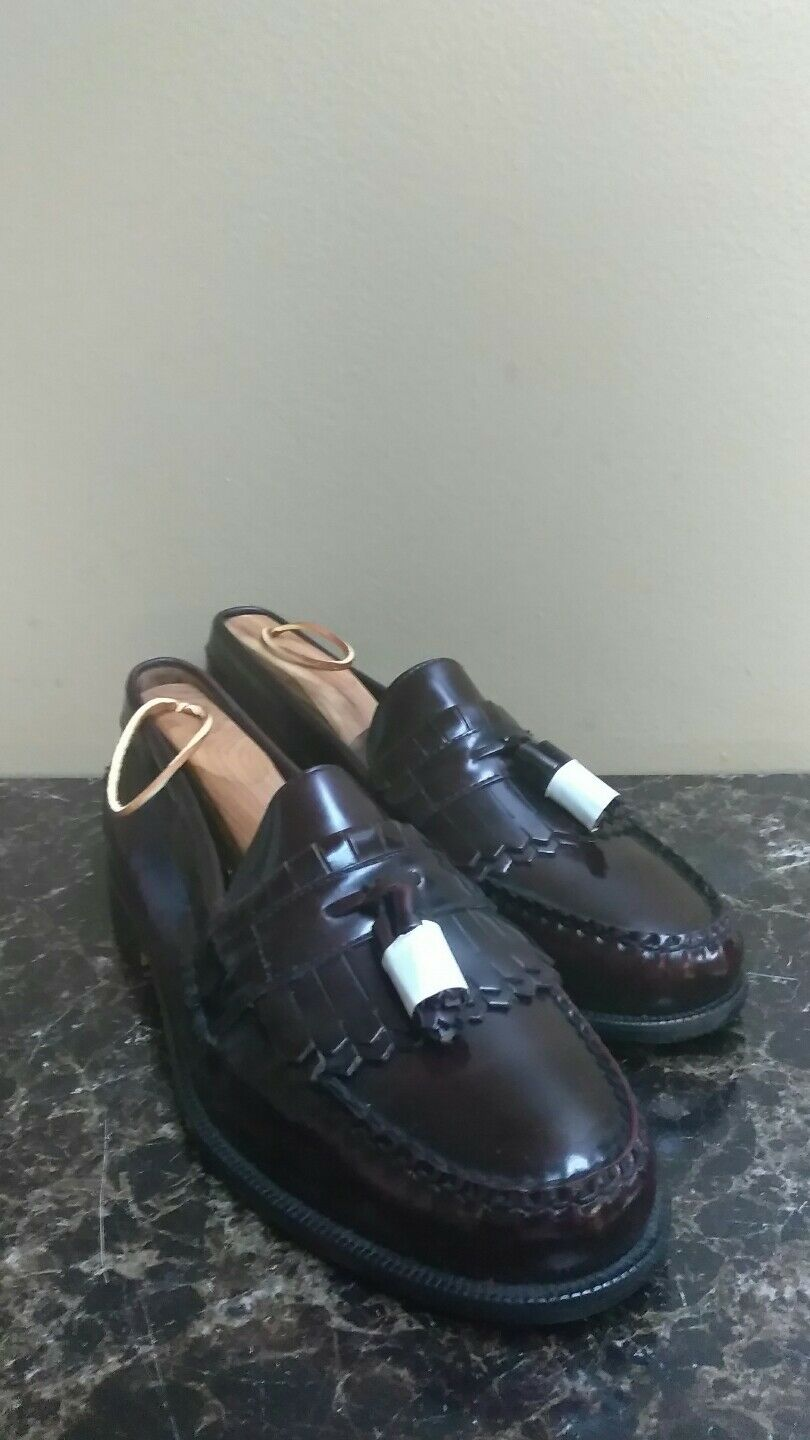 Women's COLTER CREEK (H.S. Trask) Burgundy Leather Tassel Loafers -Size 9.5 M