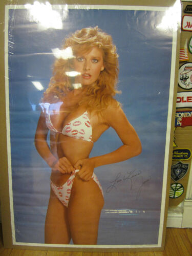 Janis 1984 80/'s hot girl car garage 10436 vintage Love and kisses