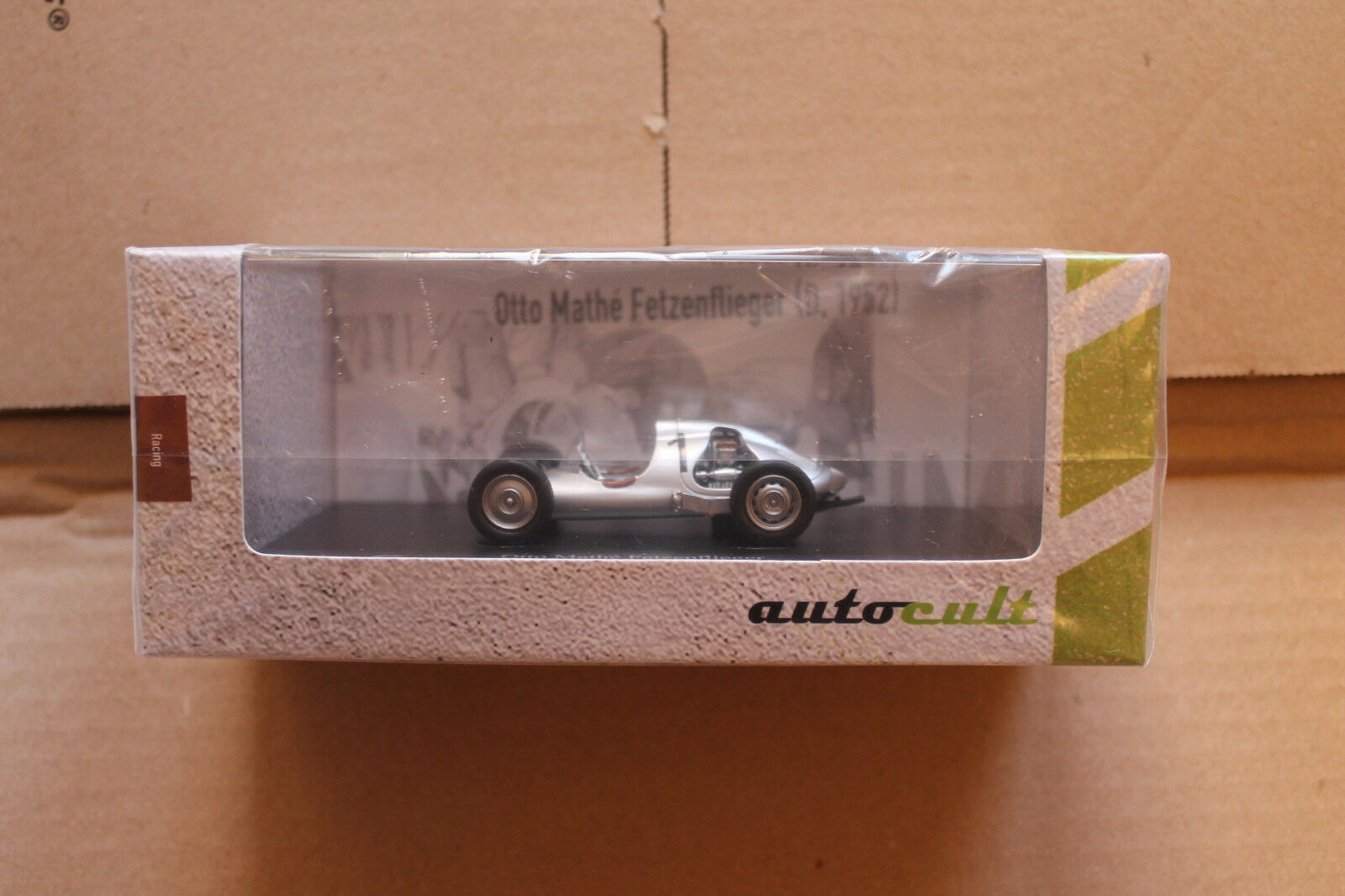 Autocult 1 43  07002 Otto Mathé Lambeaux Aviateur (1952)