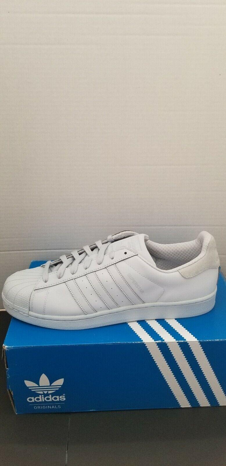 Men Adidas Superstar Adicolor Originals Size 12 (New in the box) S80329