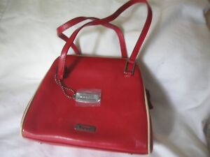 Guess Small Red Patent Leather Bag Or