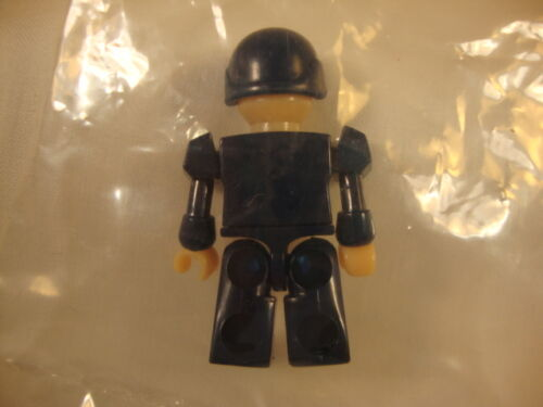 2010-Hasbro-Transformers-Kreon Figure-police. Kre-O