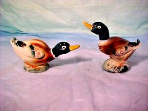 Vintage-Ceramic-Mallard-Duck-Salt-amp-Pepper-Shaker-Set-Japan