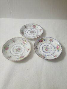 3-ROYAL-ALBERT-Petit-Point-Fine-China-Saucer-Cup-Plate-Made-in-England
