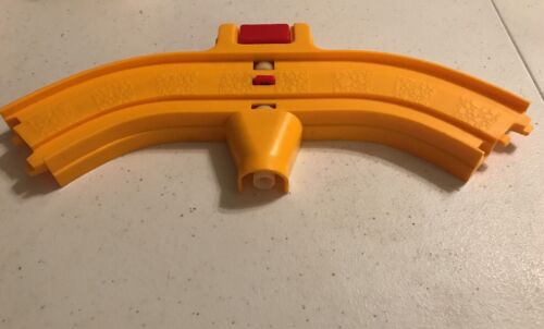 Vintage 1983 Disneyland Play Set Train Replacement CURVED TRACK W// BUTTON Parts