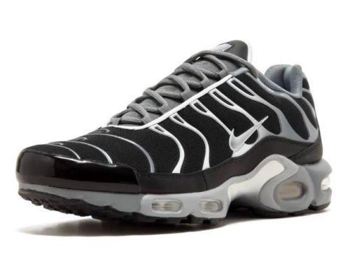 Mens Nike Air Max Plus Sneakers New, Black   Grey 852630-010 SKU AA
