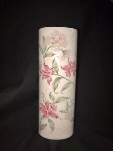 """Vintage Porcelain Prima Floral Design 6.5"""" Vase Gold Rimmed Otagiri Japan."""