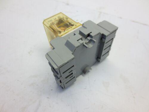 Idec RH4B-UL Relay
