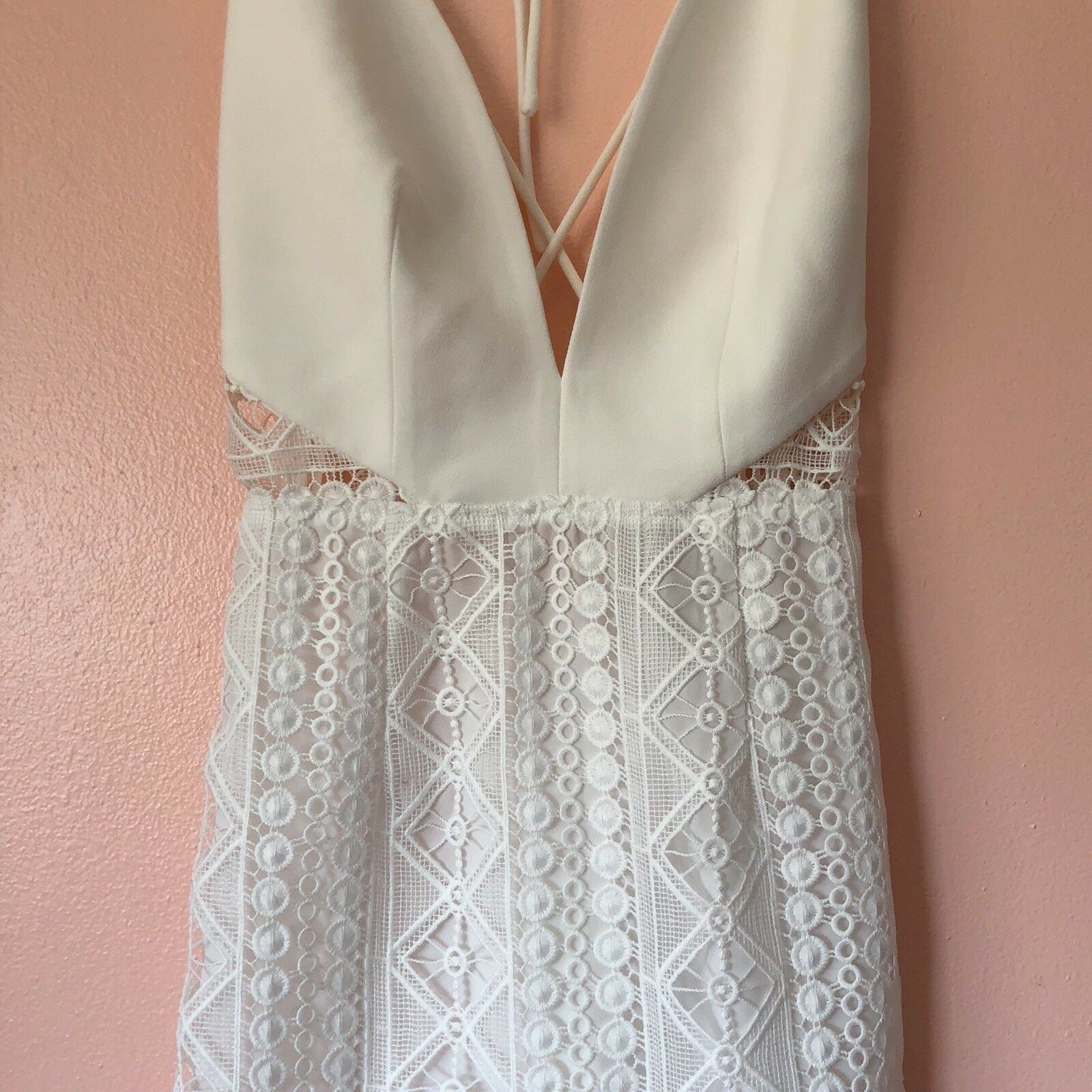 Finders Finders Finders Keepers White Halter Lace Dress MSRP  250 41477d