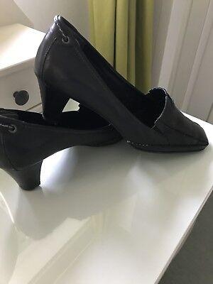 Zapatos negros de cuero real señoras by Clarks K by Clarks Talla 6 precio de venta