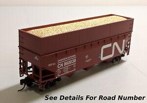 HO-Bowser-70Ton-Offset-Wood-Chip-Hopper-w-Load-RTR-CN-Noodle-CN-860096