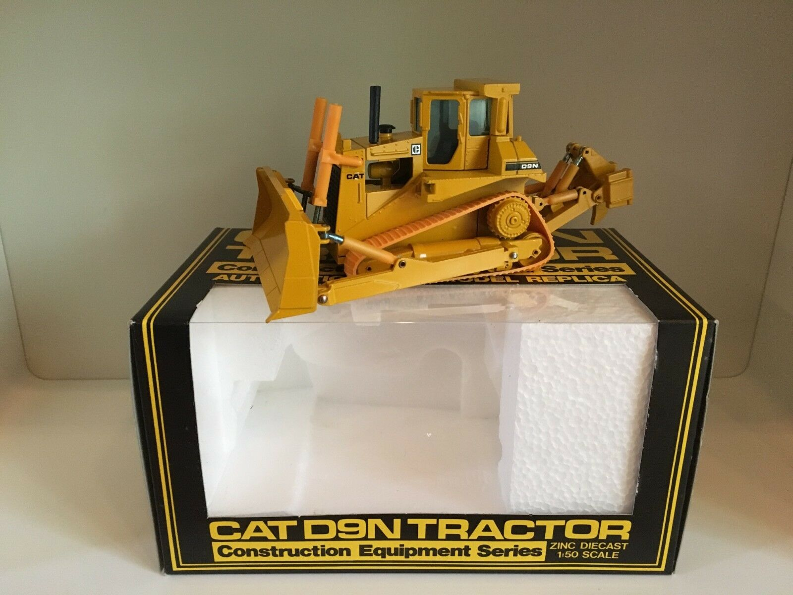Caterpillar d 9 n bulldozer de NZG 298 1 50 OVP