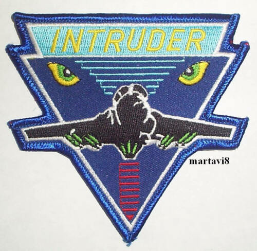 A2 US Navy ` INTRUDER AIRCRAFT` Cloth Badge