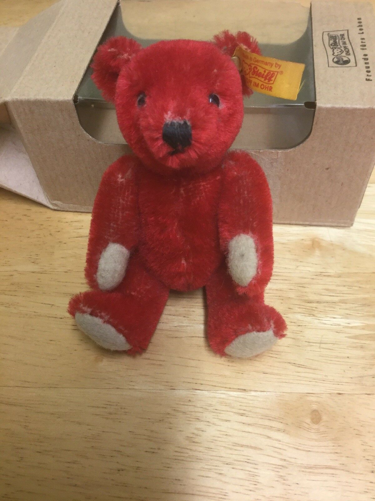 Steiff 666667 Valentines Day Bear Usa 2001 ( With With With Box) dbb5cc