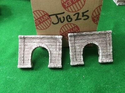 2x Single Tunnel - Z Scale Gauge- Painted And Weathered- ..concrete Type Grime