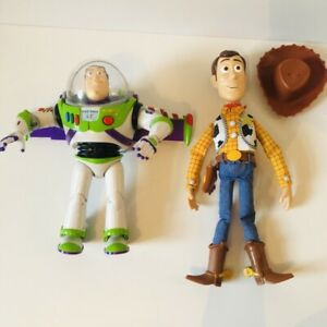 Toy-Story-Interactive-Ultimate-Talking-Buzz-Lightyear-amp-Woody-Action-Figures