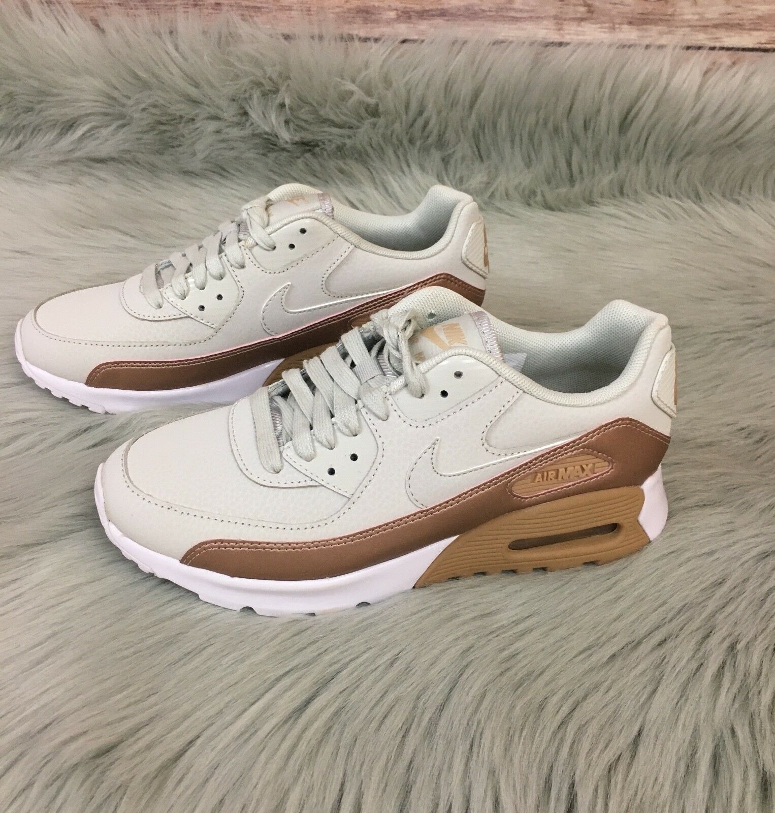 New Nike Air Max 90 Ultra SE (Size 6.5)