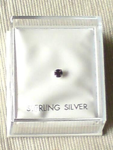 Argento Sterling in scatola per naso con 2mm. Ametista Swarovski Crystal £ 3.50 Nuovo con etichette