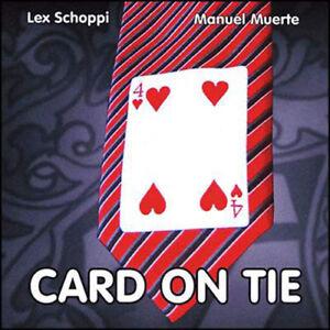 Carte sur la cravate de Manuel Muerte et Lex Schoppi