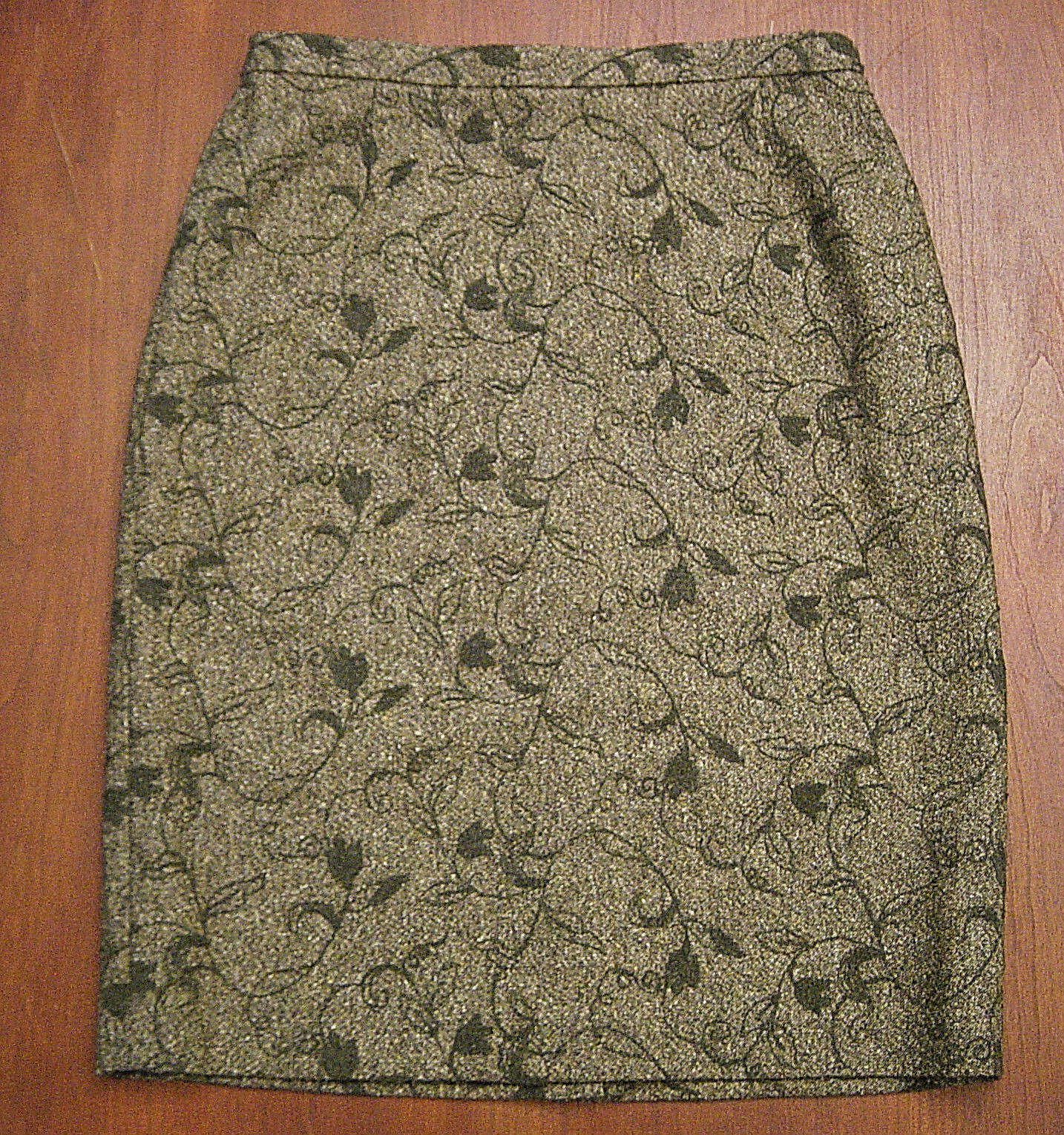 NWT TALBOTS Moss Dark Green Embroidered Floral Lined Wool Straight Skirt Sz 10