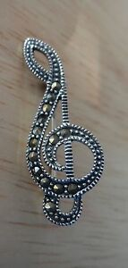 Precious Metal Without Stones Sterling Silver 31x12mm Marcasite Treble Clef Music Pin Be Shrewd In Money Matters
