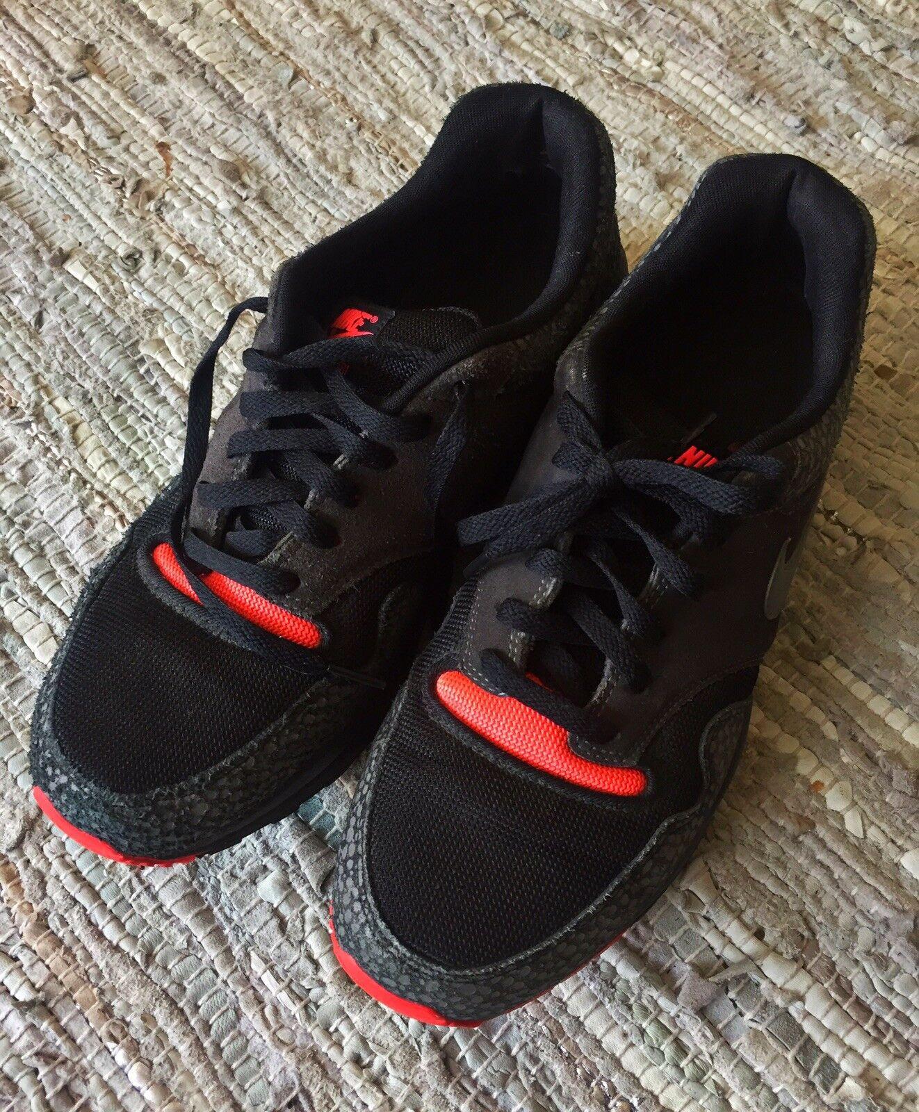 Nike Air Safari,Sneaker, 45, Schwarz, Neon-Pink, graue Punkte, 45, Safari,Sneaker, Vintage, Rarität c85b9e